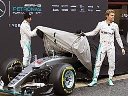 Kann Vettel Langweiler-Tournee verhindern?