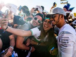 Austin gibt Auftrieb: Lewis Hamilton nach dem Sieg in den USA.