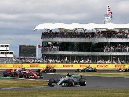 Mit Rekordsieg: Hamilton rückt an Vettel heran