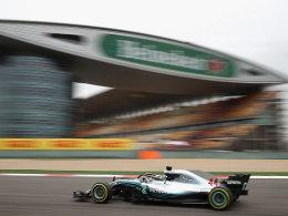 Vettel im ersten China-Training hinter Hamilton