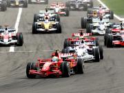 Frühe Vorentscheidung: Felipe Massa überholt Polesetter Robert Kubica.