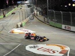 Nach Hamiltons Ausfall war der Weg weitgehend frei: Sebastian Vettel holt sich in Singapur den zweiten Saisonsieg.