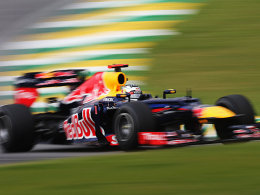 Sebastian Vettel auf Kurs in Sao Paulo.