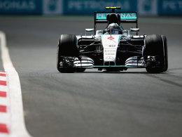 Rosberg setzt die Topzeit, Kvyat erneut Zweiter