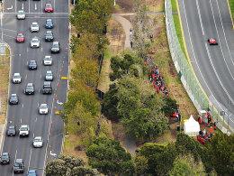 Links war deutlich mehr los: Sebastian Vettel in einem doch recht bizarren Qualifying von Melbourne.