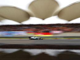 Rosberg auf Pole - Hamilton startet von ganz hinten