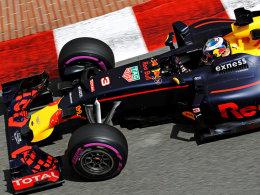 Hamilton vor Rosberg - Ausrufezeichen von Ricciardo