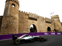 Hamilton distanziert die Konkurrenz