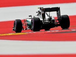 Hauchd�nn: Rosberg l�sst Hamilton abblitzen