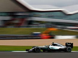 Rosberg muss sich erneut hinter Hamilton anstellen