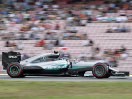 Rosberg auf der Pole, Hamilton auf Platz zwei