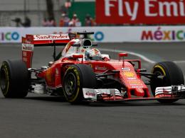 Vettel mit Bestzeit - Rosberg hinter Hamilton