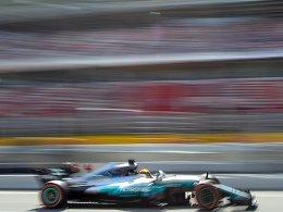 Hamilton schlägt Vettel um fünf Hundertstelsekunden