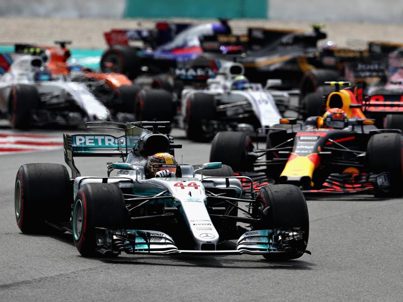 Verstappen-Sieg bei Vettels Aufholjagd