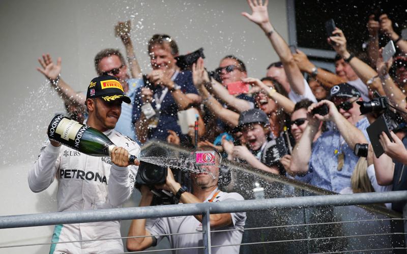 Hamilton triumphiert in Austin