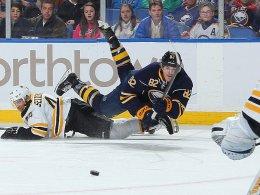 Ließ die Sabres straucheln: Dennis Seidenberg gewann mit den Bruins über Marcus Foligno und Buffalo.
