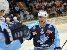 Bleibt den Freezers langfristig erhalten: Nationalspieler Garrett Festerling.