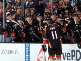 Kanada-K.o. - Ducks ballern sich auf Rang 1