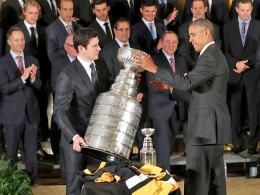 Besuch bei Obama: Ab wann kann Sidney Crosby (l.) den Penguins wieder helfen?