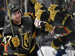 Theodore krönt den Powerplay-Wahnsinn in Vegas