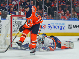 Penalty: McDavid schießt Oilers zum Sieg