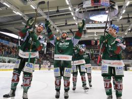 Augsburg schlägt auch Köln - München eilt davon