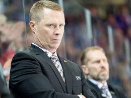 Stewart bleibt Trainer der Augsburger Panther