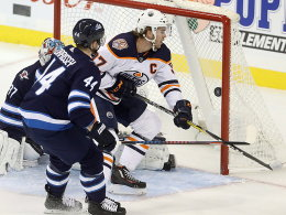 Alle Neune: NHL-Rekord für Topscorer McDavid