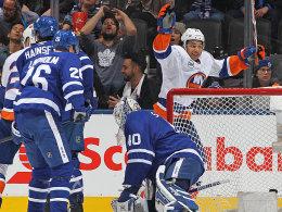 Barzal fertigt Toronto ab - Karlsson verlängert Oilers-Serie