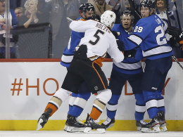Bei Holzer-Comeback: Anaheim von Winnipeg überrollt