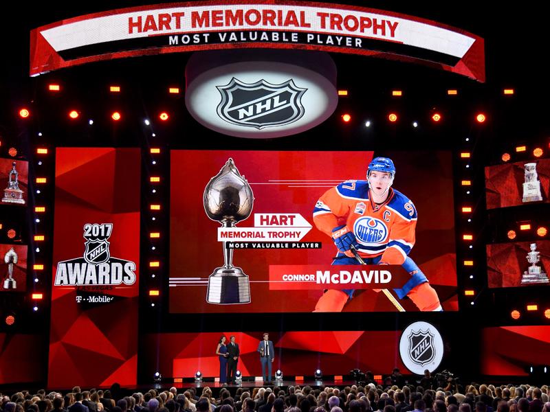 NHL Awards: McDavid räumt dreifach ab