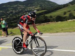 Auf dem Weg zum großen Triumph: Cadel Evans am Samstag nahe Grenoble.