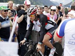 Fing sich 21 Sekunden Rückstand ein: Favorit Fabian Cancellara.