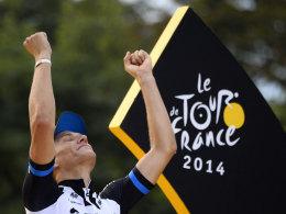 Marcel Kittel feiert seinen Triumph in Paris am Sonntag