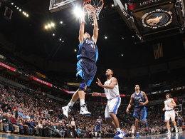 Dirk-Dunk! Nowitzki fliegt wieder durch die Hallen der NBA.