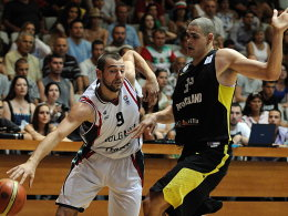 Pavel Marinov gegen Maik Zirbes