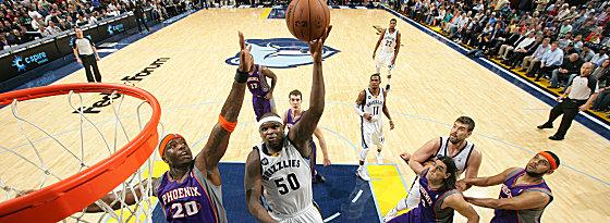 """Wieder """"ganz der Alte"""": Zach Randolph beim Sieg über die Suns."""