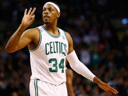 Drei zum Sieg: Paul Pierce gab dem Spiel der Celtics gegen die Mavs den entscheidenden Kick.