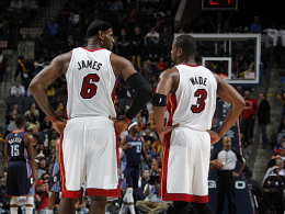 LeBrown James(li.) und Dwyane Wade