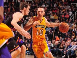 Ausgerechnet die Suns! Steve Nash und die Lakers erlitten in Phoenix (l. Goran Dragic) einen herben Rückschlag.