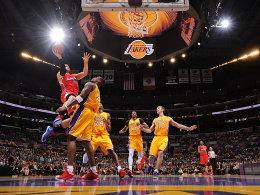 """Hoch, höher, am höchsten - jedenfalls höher als die Lakers um Antawn Jamison springen die Clippers mit """"Lob-City-Man"""" Blake Griffin!"""