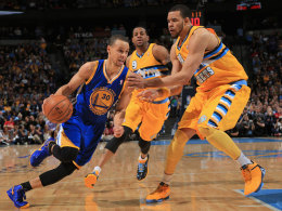 Stephen Curry und JaVale McGee