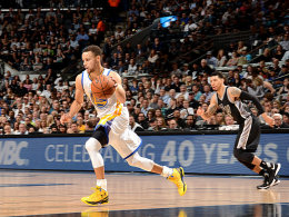 Nr. 72! Warriors siegen in der Spurs-H�hle