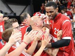 Bamberg feiert Miller - Ulm erstarrt: