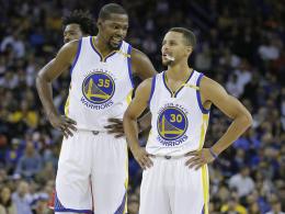 Kevin Durant (li.) und Stephen Curry
