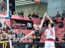 Bamberg wieder auf Kurs - Alba siegt in OT