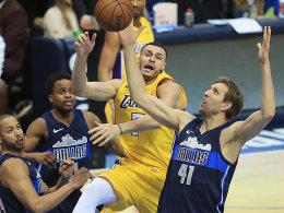 Nur ein Nowitzki-Treffer: OT-Pleite der Mavs gegen Lakers