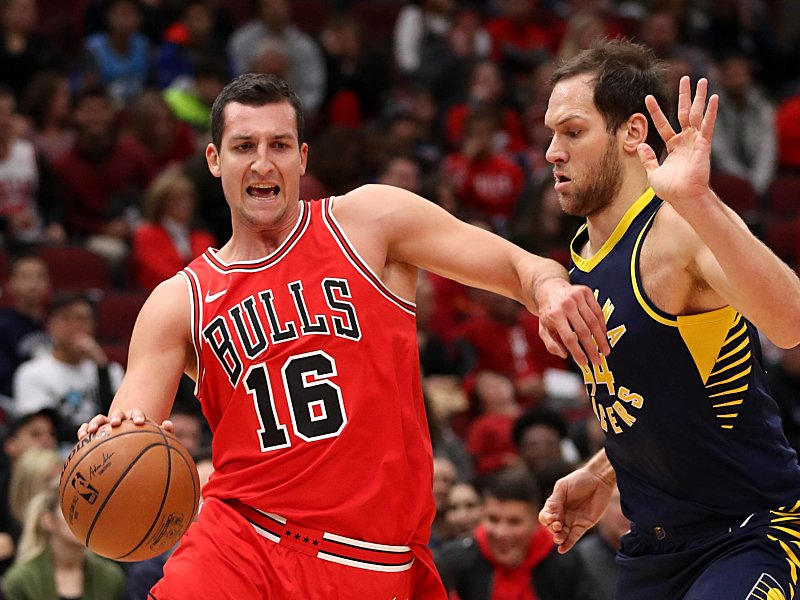 NBA: Paul Zipser rechnet mit Aus bei den Chicago Bulls - Basketball ...