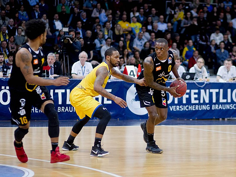 carlos medlock basketball