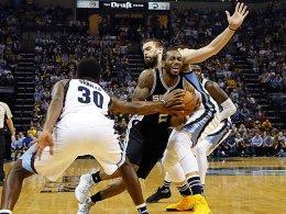 Spurs und Raptors weiter - Popovich adelt Leonard